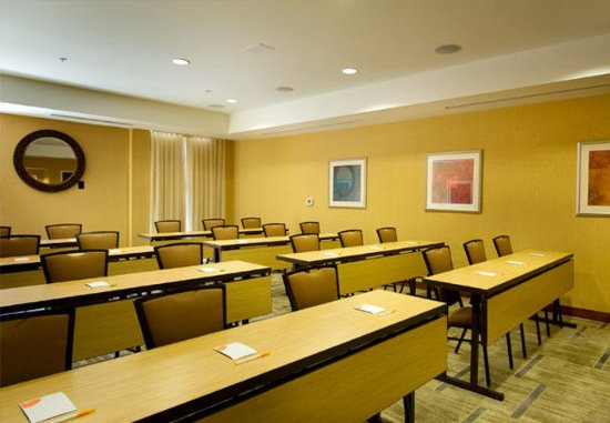 McDonough, GA: Meeting Room