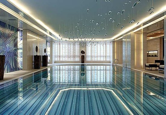 Courtyard by Marriott Shanghai Central: Indoor Pool