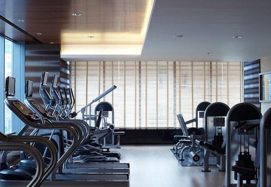 Courtyard by Marriott Shanghai Central: Fitness Center