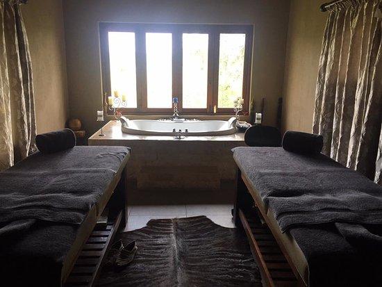 Arathusa Safari Lodge: The spa treatment room