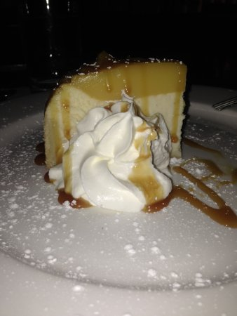 N'awlins jazz bar and dinning: lemon cheesecake (this was decadent)