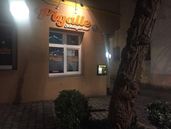 Pigalle-Schlagerbar