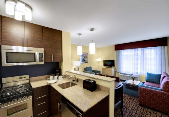 North Kingstown, RI: Two-Bedroom Suite Kitchen & Living Area