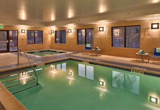 Elko, NV: Indoor Pool & Spa
