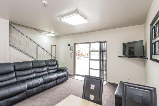 Whanganui, New Zealand: 2 Bedroom Family Unit