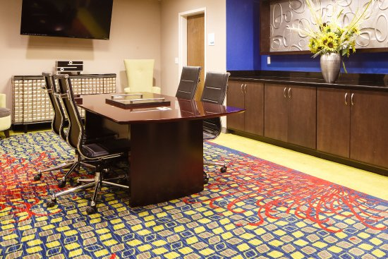 Holiday Inn Express and Suites El Reno Meeting Room