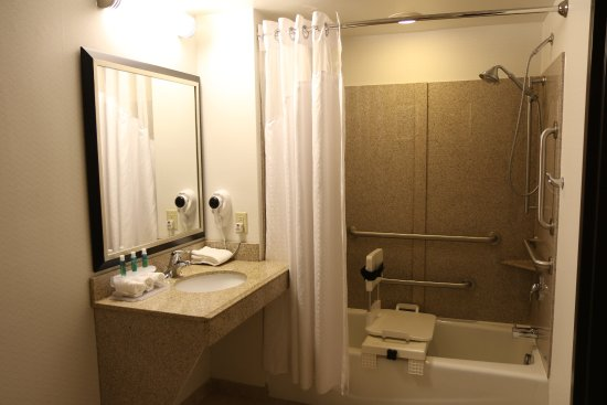 Munhall, Pennsylvanie : Guest Room Accessible Tub
