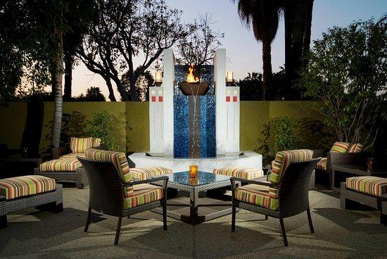 Κάλβερ Σίτι, Καλιφόρνια: Share Outdoor Patio