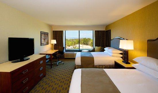 Culver City, CA: Standard Double Guest Room