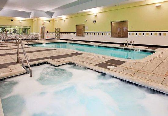 เคิร์นนีย์, เนบราสก้า: Indoor Whirlpool