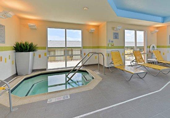 Cedar Rapids, IA: Indoor Whirlpool