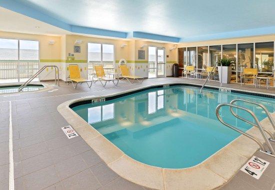 Cedar Rapids, Айова: Indoor Pool & Whirlpool