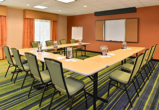 Aurora, CO: Broncos Meeting Room - U-Shape Setup