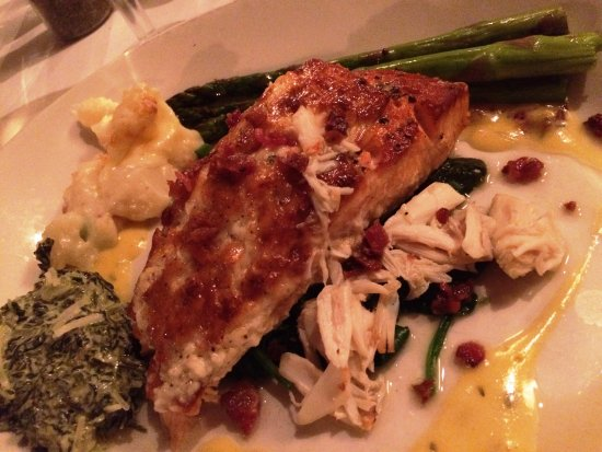 Sullivan's Steakhouse: Salmon Rockefeller $34 (excellent - bacon, crab, spinach, bearnaise)