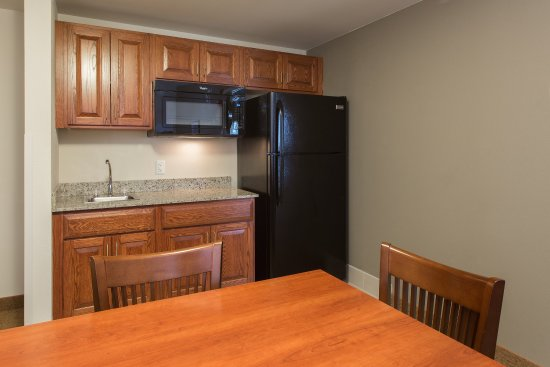 West Seneca, NY: CISExt Suite Kitchen