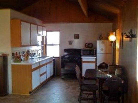 Wapiti, WY: Cabin Kit