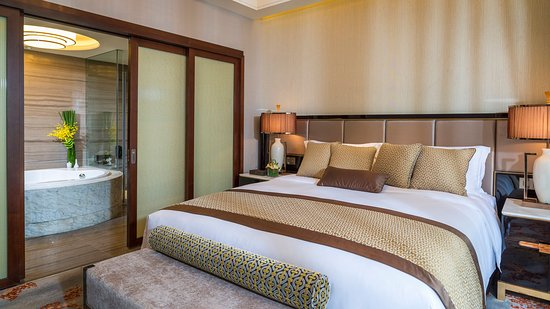Meishan, China: Guest Room