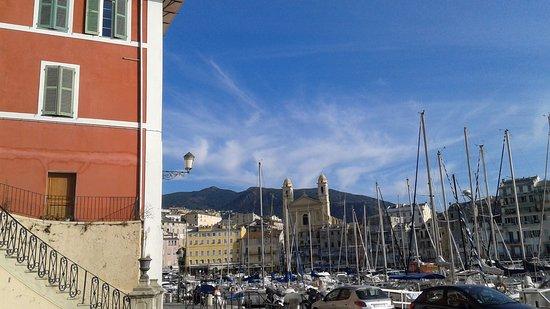 Bastia, Frankrijk: le matin la lumière est belle