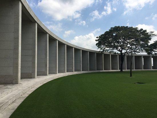 Manila American Cemetery and Memorial: photo3.jpg