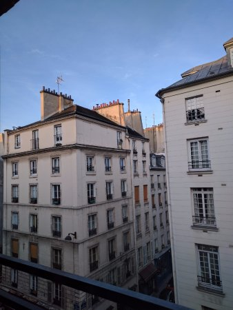 View picture of hotel turenne le marais paris tripadvisor for Hotel marais paris