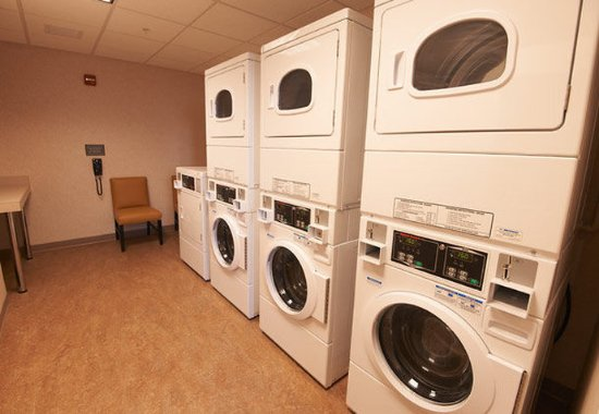 Williamsport, PA: Guest Laundry Facility
