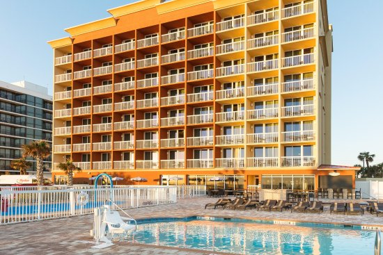 Hampton Inn Daytona Beach Beachfront Hotel Pool