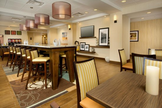 Uvalde, TX: Dining area of our lobby