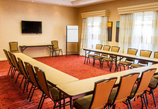 Irmo, SC: Meeting Room    U-Shape Setup