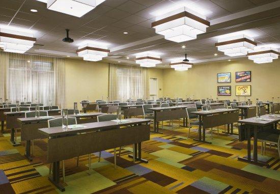 Tustin, كاليفورنيا: Meeting Room - Classroom Style Setup