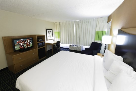 Absecon, NJ: King Suite
