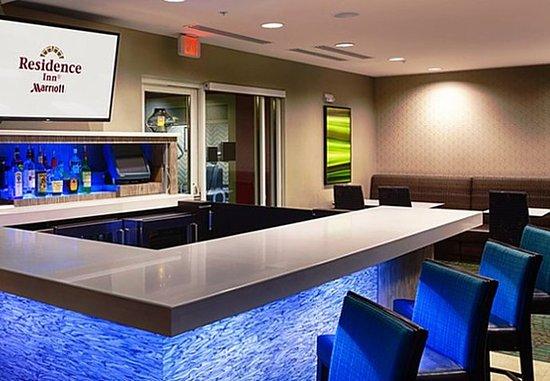 Pullman, واشنطن: Tailgate Lounge & Bar
