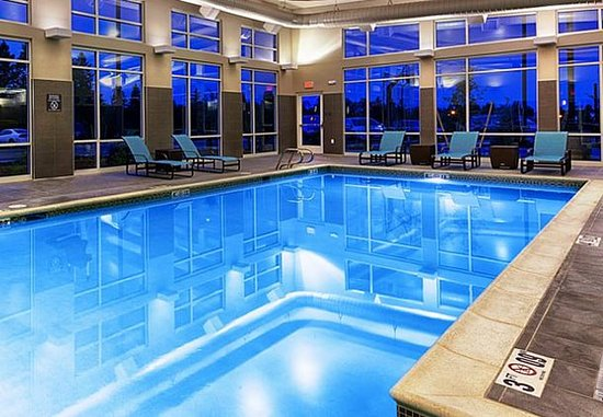 Pullman, WA: Indoor Pool & Whirlpool