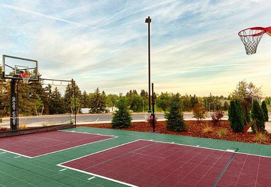 Pullman, واشنطن: Sport Court