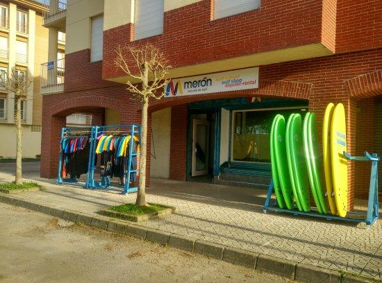 Meron Surf School