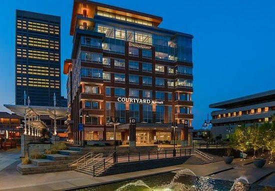 Courtyard Buffalo Downtown/Canalside
