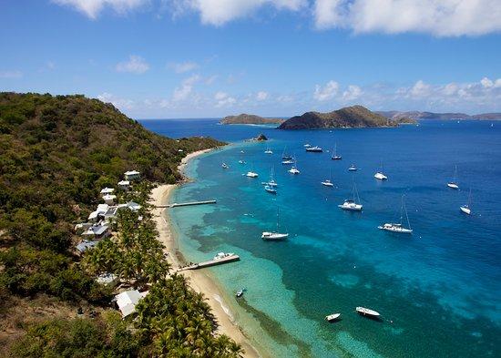Cooper Island Beach Club Restaurant: Aerial View of Cooper Island Beach Club with Salt Island in the distance