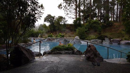 Taupo, New Zealand: Blick auf die wärmsten Pools
