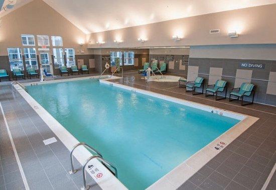Clifton Park, Нью-Йорк: Indoor Pool