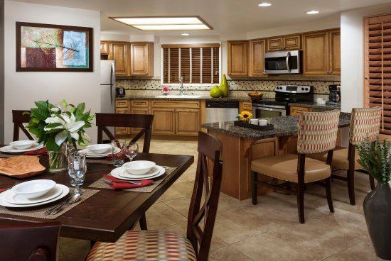 Welk Resort San Diego: SD Res Villas Kitchen