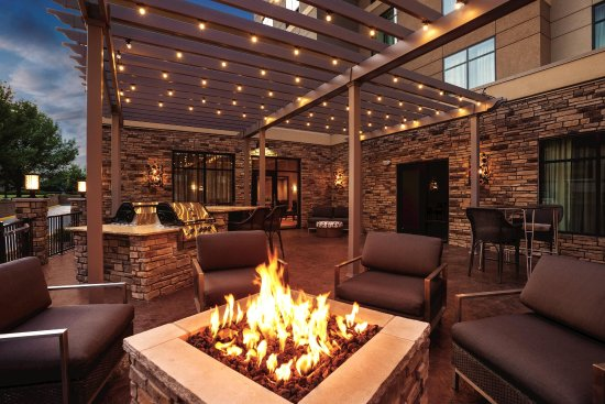 Ankeny, IA: Outdoor Patio