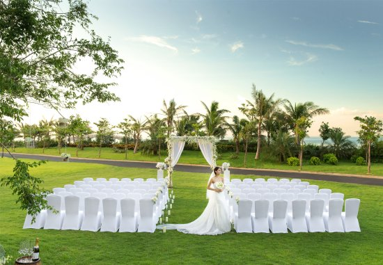 Haikou, Cina: Outdoor Wedding Setup