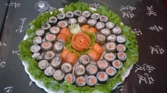 Wasabi Japanese Restaurant and Sushi Bar: Combo de Reveilon
