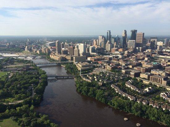 Anoka, Μινεσότα: Minnesota Helicopters