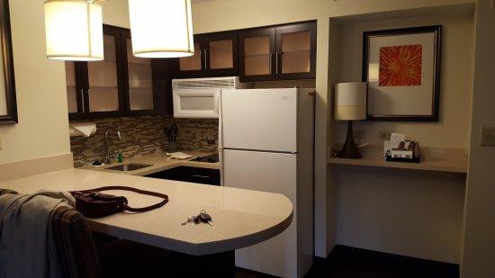 Dunwoody, GA: Kitchen Area