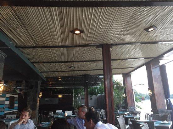 The Beach House Restaurant & Beach Bar : photo7.jpg
