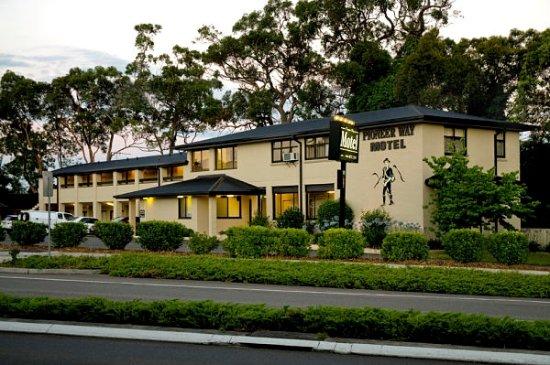 Pioneer Way Motel