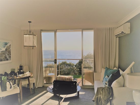 Mollymook, Australia: Room 28 Ocean Deluxe room on 1st floor with balcony