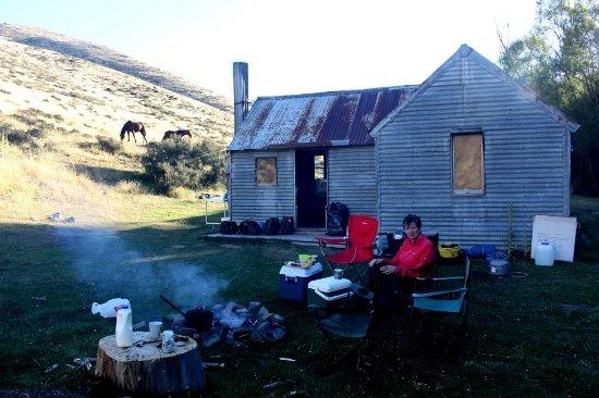 Geraldine, New Zealand: Mountain Hut behind Mt Peel