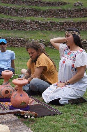 Calca, Perú: somos los anfitriones  jimbo y mares.