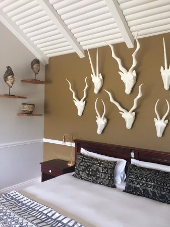 Emily Moon River Lodge: Quirky decor